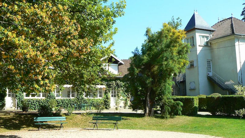 Chateau-Ayes