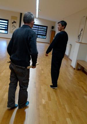 Les exercices de marche mobilisent l'énergie Chi plutôt que la force musculaire